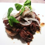 ビストロ タカ - ホタルイカと石川芋と新玉ねぎのサラダ仕立て、アンチョビとバルサミコのソース
