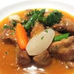ビストロ タカ - 料理写真:アニョー・ドレ(乳飲み仔羊)のフリカッセ ノイリー風味