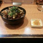 寛ちゃん - 料理写真:たっちょほねく丼 700円