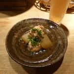 風和利 - この日のお通しは鶏つくねでした。