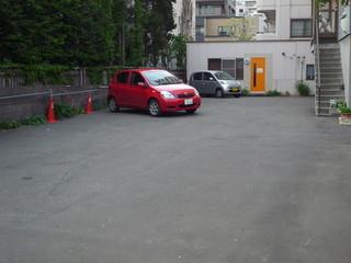 カレー食堂 心 - 駐車場(8台)