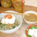 カフェ チャノマ - タイ風チャンプル丼