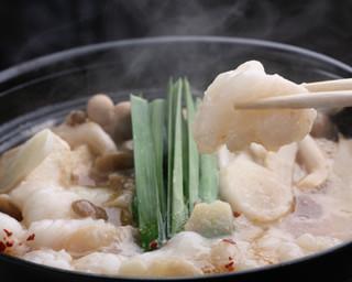 馬肉料理 和牛もつ鍋 姫桜 - プリプリのもつ鍋で 今夜はいい気分!!