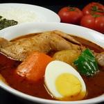 カレー食堂 心 - 骨付きチキンのスープカレー
