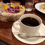かかしニッカハウス - 食後の珈琲とお菓子❀
