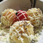 炙り炉端 山尾 - 焼き安納芋のポテトサラダ。 女子が好きそうなほんのり甘いポテサラです。