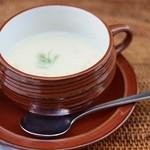 ロズ&マリー - 料理写真:冬瓜の豆乳ポタージュ