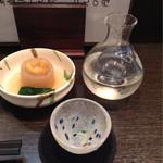 32374089 - お通しと〆張鶴 純米吟醸