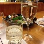 32379316 - 思わず日本酒に移動!ワイングラスに入ってきました☆