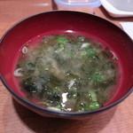 炭焼き豚丼 和とん - 岩ノリの味噌汁