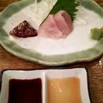 とびた - (大山)地鶏刺身