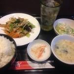 32383364 - 野菜炒め定食ご飯大盛りドリンクセット