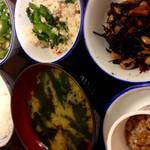 稲荷町食堂 - 御飯:味噌汁:小鉢 ( ¥86〜¥140 )
