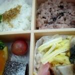 美家古 - ご飯もバラ寿司、赤飯、じゃこ飯とブラボ~♪