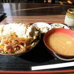 高橋食堂 - カツ丼(小)