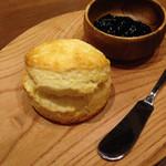マーノプラス - 発酵バターのスコーン!うまい(^o^)