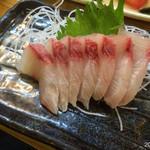 魚がし - かんぱち刺身 500円