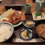 横田食堂 - ミックスフライ定食