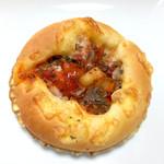 Le Coeur - 野菜たっぷりトマトソースのパン