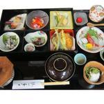 かわら亭 - 和風松華堂定食「八上姫ご膳」