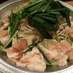 串カツうっでぃー - もつ鍋