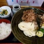 瀬戸内製麺710 - 肉ぶっかけ&卵かけご飯(H26.11.8)