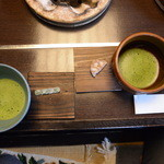 32410229 - 抹茶とお菓子