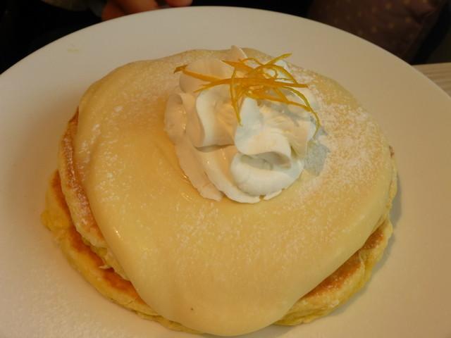 Moke's Hawaii 中目黒 - リリコイパンケーキ