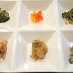 アンフィニッシュ - 先ずは前菜6種盛り