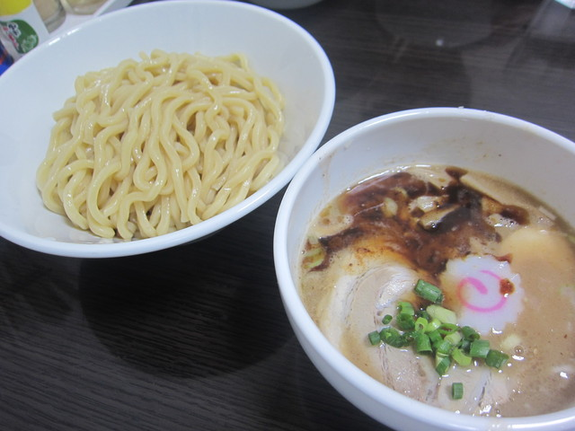 自家製麺 5102 - 塩つけ麺 880円