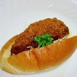 ピーターパン - キャベツメンチコッペ 172円 一見普通の総菜パンですが、こちらのお店の総菜パンは大変口に合います(^ω^)