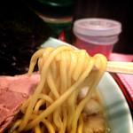 ラーメン イレブン - 中太麺!