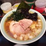 ラーメン イレブン - 醤油ラーメン( 大 )890円