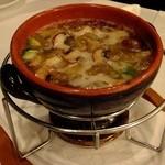 ティーズスタイル - 本日の魚介のガーリックオイル煮:1480円