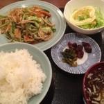 32432300 - 野菜炒め定食 500円