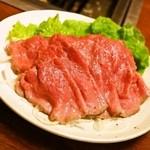 32433773 - 2014.11 黒毛和牛ローストビーフ(650円)