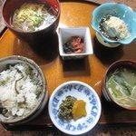 古処庵 - 山菜おこわ定食