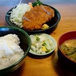 双葉食堂 - 豚ロースカツ定食