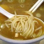 上野 大勝軒 - 「特製もりそば」つけ汁に浸けた麺