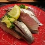 廻鮮寿司 かねき  - 光り三昧