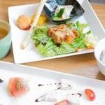 MIZU cafe cocco - 料理写真:一汁七菜のお昼ごはん
