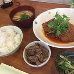 菜々 - 料理写真:ある日の日替わりランチ、800円、鯖の煮付け