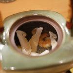32457581 - おまかせコース(3000円):椀替:松茸土瓶むし