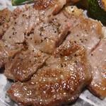 ダン・ドゥ・リヨン - お肉