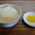 まるひ屋 - 小ご飯と漬け物