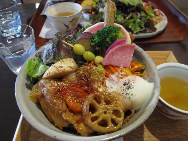 ジャストカフェ - 栄養たっぷりランチ丼