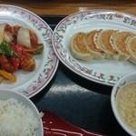 32469387 - 酢豚定食950円