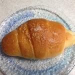 32470490 - おすすめ塩パン 90円(税込)