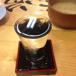 タカマル鮮魚店  3号館 - 景虎 龍。すっきりしていて飲みやすいし悪酔いしない。そしてこの絶妙な表面張力…ヽ( ・∀・)ノ