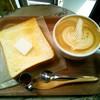 FEBRUARY CAFE - 料理写真:朝パンセット¥500